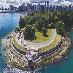 Spectacular drone shot of Stanley Park with Downtown Vancouver in the background  | Photo: @jacksondematos