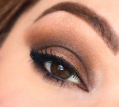 game of thrones makeup palette urban decay Eyeshadow Tips, Blending Eyeshadow, Eyeshadow Brushes, Eyeshadow Looks, Eyeshadow Makeup, Eyeshadows, Eyeshadow Tutorials, Metallic Eyeshadow, Eyeshadow Primer
