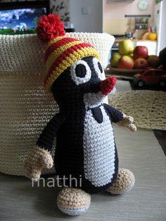 krtek little mole Crochet pattern. Needs translation. Crochet For Kids, Diy Crochet, Crochet Toys, Crochet Baby, Crochet Penguin, Crochet Animals, Amigurumi Toys, Amigurumi Patterns, Diy Toys Sewing