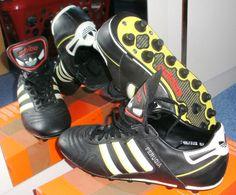 check out 5a3e7 47fa3 Vintage Sammlerschuhe Adidas Fußballschuhe Perugia FG WM 1990 NEU, Gr. 8,5