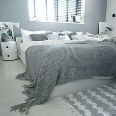 Bedroom/ポスター/ベッド/北欧/コンポニビリ/白黒...などのインテリア実例 - 2017-09-03 12:54:10 | RoomClip (ルームクリップ)