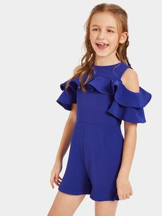 To find out about the Girls Open Shoulder Ruffle Trim Romper at SHEIN, part of our latest Girls Jumpsuits ready to shop online today! Cute Girl Outfits, Kids Outfits Girls, Cute Outfits For Kids, Girls Dresses, Jumpsuits For Girls, Girls Rompers, Tween Fashion, Fashion Outfits, Tween Mode
