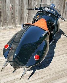 STRANGE OLDE MOTORCYCLES - 1934 HENDERSON KJ STREAMLINE - COOL ART DECO STYLING!