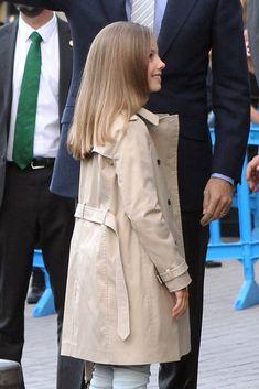 La infanta Sofía también disfruta de su primer partido de fútbol con su padre, el rey Felipe - Foto 6
