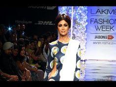 Shilpa Shetty's stunning ramp walk at Lakme Fashion Week 2014.