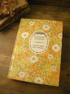 フランス可愛い表紙の本(黄色の花柄2) アンティーク洋書古書 インテリア 雑貨 家具 Antique books ¥1000yen 〆05月08日
