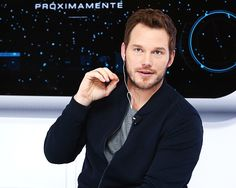 Chris Pratt attends photocall and video chat to promote his new film 'Passengers' at St. Regis Hotel on November 3, 2016 in Mexico City, Mexico.