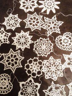 10 White snowflakes Crochet snowflakes Winter decoration Christmas decoration Christmas tree decoration