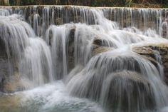Photographie de l'eau (rivière ou cascade)