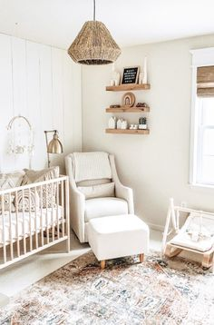 Baby Nursery Neutral, Baby Nursery Decor, Baby Decor, Nursery Room, Nursery Ideas, Rugs In Nursery, Simple Baby Nursery, Babyroom Ideas, Baby Room Rugs