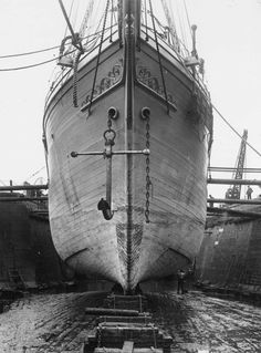 The Endurance July 1914: The bow of Ernest Shackleton's exploratory vessel Endurance being prepared for her Antarctic voyage in Millwall Docks, London. Towards the end of the expedition, the ship became stuck in the ice and later sank, forcing her crew to make for civilisation in an open craft. (Photo by Topical Press Agency/Getty Images)
