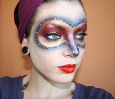 Super cool makeup idea for Halloween! <3