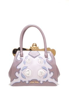 a2e210407ee 56 Best Handbags Collect images   Bags, Fashion beauty, Must haves