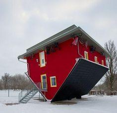 interesting house  (Mecklenburg-Vorpommern, German)