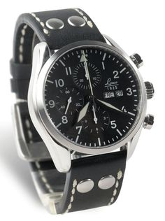 Laco 44mm Chrono, 5atm, Valjoux 7750, sapphire crystals, rivet strap. Days in German.