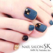@pelikh_Nailz Salon SK
