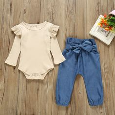 Check out this great stuff I just found at PatPat! Baby Girl Solid Flutter-sleeve Bodysuit and Bowknot Pants Set Baby Outfits, Kids Outfits Girls, Toddler Girl Outfits, Toddler Girls Clothes, Newborn Girl Outfits, Baby Girl Fashion, Fashion Kids, Cute Kids, Cute Babies