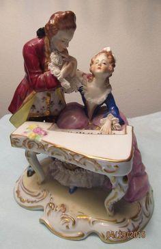Vintage PORCELAIN DRESDEN LACE Figurine MAN Lady PIANO Sitzendorf GERMANY