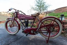 A Woody Carson restoration with factory experimental engine,1925 Indian  Prince Engine no. LX2