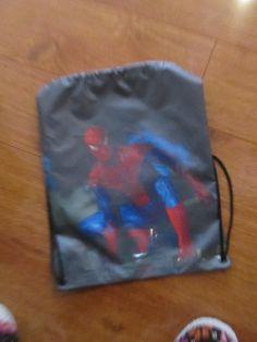 Tula hombre araña 2 Dimensiones: 30x40cm