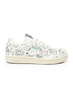 Find Tom & Jerry Club C 85 Sneakers Girls Footwear from Reebok & more at DrJays. Kid Shoes, Girls Shoes, Girls Footwear, Pink Dolphin, Diamond Supply Co, Sweater Boots, Famous Stars, Tom And Jerry, Dad Hats