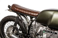 Down & Out - the Bike Shed Norton Cafe Racer, Triumph Cafe Racer, Cafe Racer Bikes, Cafe Racer Build, Cafe Racers, Motorcycle Battery, Cafe Racer Motorcycle, Motorcycle Outfit, Brat Bike