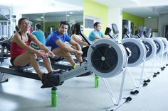 Looking to shape up your arms & back? Try doing the rowing machine at the gym for 20 minutes. Share when done!💚📲