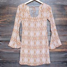 YIREH Hawaii maize bell sleeve tunic dress in sand dollar – shophearts