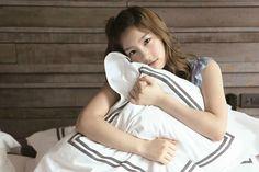 SNSD Taeyeon (태연; テヨン) Wallpaper HD + Photos   Beautiful Song ...