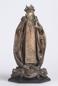 Alfred GILBERT | St Elizabeth of Hungary. somehow the opulence is a heavy burden.