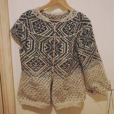 "Tori Seierstad on Instagram: """"The wanted cardigan"" has to wait while I make some Christmas gifts. #fairislefriday #knitting #cardigan #Ravelry #finullgarn…"""