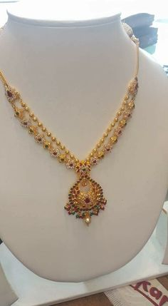 How Wedding Registry Works Info: 2583624033 Gold Necklace Simple, Gold Jewelry Simple, Gold Chain Design, Gold Jewellery Design, Gold Earrings Designs, Necklace Designs, Jewelry Patterns, Bridal Jewelry, Wedding Verses
