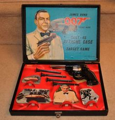vintage 007 james bond toy set