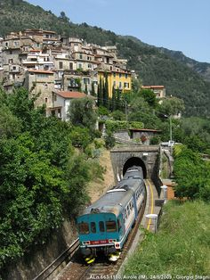Travelling through Liguria by #train - Italia Bucket list http://www.amazon.com/The-Reverse-Commute-ebook/dp/B009V544VQ/ref=tmm_kin_title_0