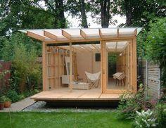 Vor Dem Bau ,ein Schmaler Ungenutzter Schlauch ,seitlich Der ... Schritte Gartenhaus Selber Bauen
