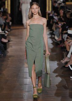Spearmint Alvara Dress, Spearmint Nina Shoulder Bag, Plexi Wedge Summer 2013 Look 15