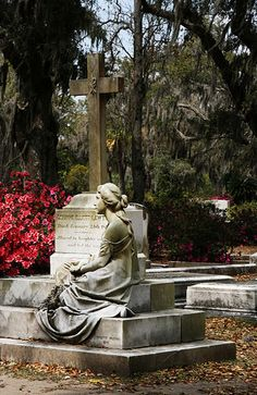 Bonaventure Cemetery (Image: quinn.anya used under a Creative Commons Attribution-ShareAlike license)
