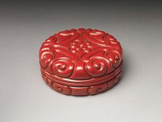 """Box with Pommel Scroll Design, Yuan Dynasty, 14th Century. The Metropolitan Museum of Art, New York. Gift of Florence and Herbert Irving, 2015 (2015.500.1.15a, b) 