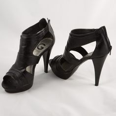7c1dca49604 G BY GUESS Black high heels! This high heels are beautiful. G by Guess