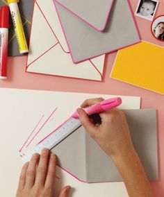 21 Creative DIY Projects That Only Require a Sharpie via Brit + Co. 21 Creative DIY Projects That Only Require a Sharpie via Brit + Co. Do It Yourself Inspiration, Envelope Art, Envelope Templates, Crafty Craft, Crafting, Paint Markers, Diy Cards, Cardmaking, Craft Projects