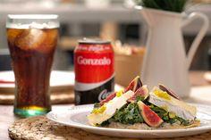 Hoy tenemos una receta para chuparnos los dedos: Tacos de Higo y Queso Brie. ¡Disfrútalo acompañado de tu #CocaCola! #SienteElSabor #ComparteCocaColaCon https://www.youtube.com/watch?v=kkvTj7878eY&feature=youtu.be