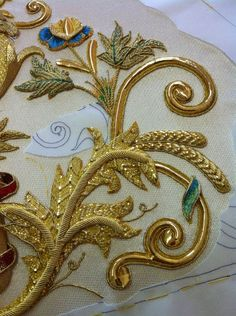 Helpful Tips For gold bullion price Bullion Embroidery, Zardozi Embroidery, Couture Embroidery, Tambour Embroidery, Embroidery Fashion, Silk Ribbon Embroidery, Beaded Embroidery, Embroidery Stitches, Embroidery Patterns