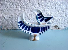vintage Sargadelos porcelain bird sculpture