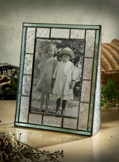 J Devlin Pic Green Vintage Stained Glass Picture Frame Double) Stained Glass Frames, Stained Glass Projects, Stained Glass Patterns, Leaded Glass, Haunting Hour, Frame Tray, Glass Picture Frames, Glass Art, Christmas Decorations