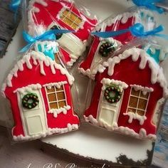 38 New Ideas Cupcakes Decoration Navidad Gingerbread Houses Christmas Sugar Cookies, Christmas Sweets, Holiday Cookies, Christmas Baking, Fancy Cookies, Cute Cookies, Snow Cookies, Christmas Gingerbread House, Gingerbread Houses