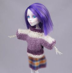 Hand knitted sweater for MONSTER HIGH or Azone by ZomiDollClothes