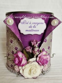 Pot à crayon shabby – Marylilyrose scrap tout … Tin Can Crafts, Diy Crafts To Do, Home Crafts, Paper Crafts, Tin Can Decorations, Bijoux Wire Wrap, Pot A Crayon, Altered Tins, Shabby Chic Crafts