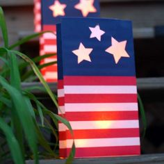 Free Printable Fourth of July Luminaria from EasyPaperCrafts, featured by rhoda Paper Party Decorations, 4th Of July Decorations, 4th Of July Party, Fourth Of July, Easy Paper Crafts, Diy Crafts, Lantern Craft, Happy 4 Of July, Veterans Day