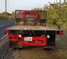 1940 International Harvester D30 Rear