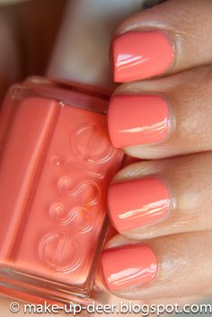 this paired w/ Essie's minty green color is sooo pretty